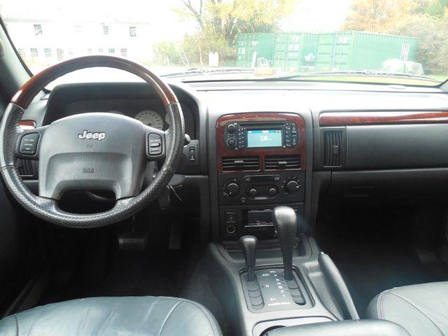 2004 Jeep Grand Cherokee Overland W/ Navigation Leesburg, Virginia 12