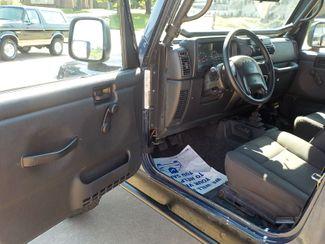 2004 Jeep Wrangler X Fayetteville , Arkansas 7