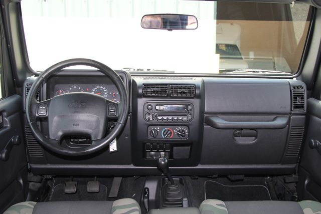 2004 Jeep Wrangler X WILLYS EDITION Jacksonville , FL 42