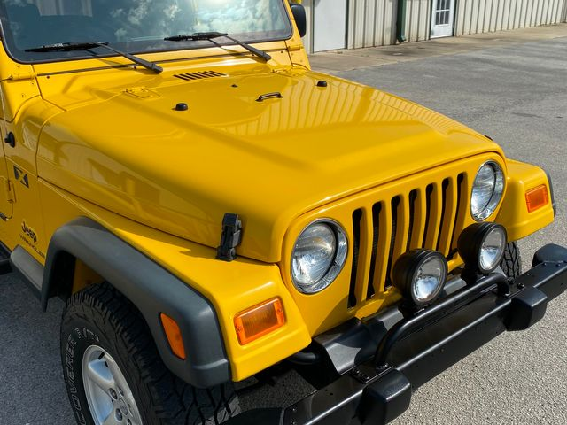 2004 Jeep Wrangler X 5 Speed manual in Jacksonville , FL 32246