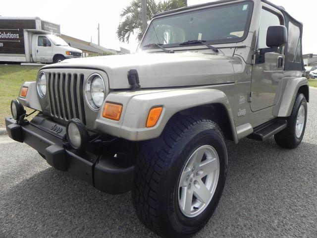 2004 Jeep Wrangler Sahara 4x4