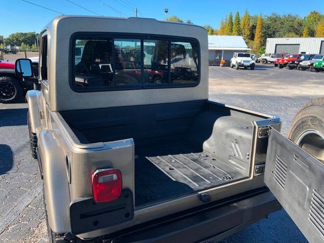 2004 Jeep Wrangler Sahara Riverview, Florida 3