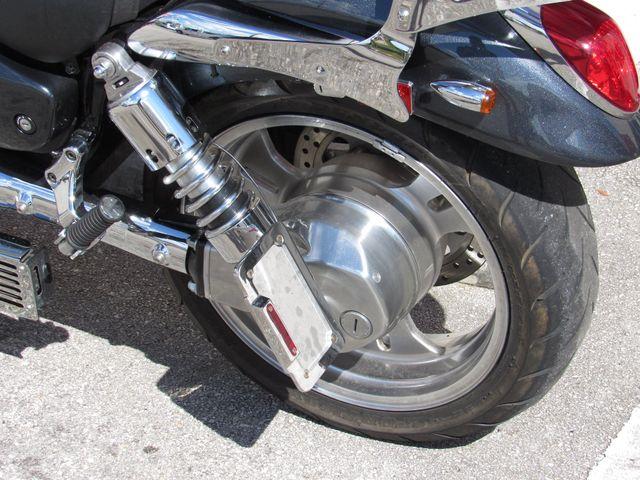 2004 Kawasaki Vulcan 1600 Mean Streak in Dania Beach , Florida 33004