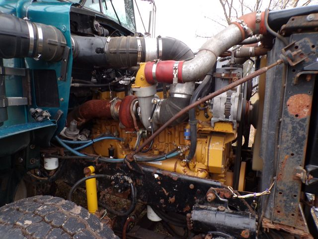 2004 Kenworth T800H Ravenna, MI 19