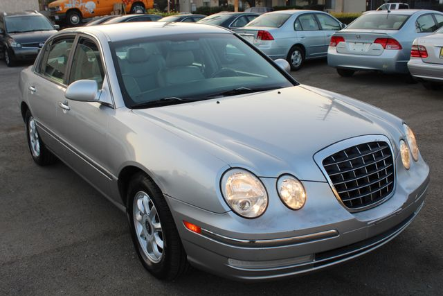 2004 Kia AMANTI ONE OWNER in Woodland Hills CA, 91367