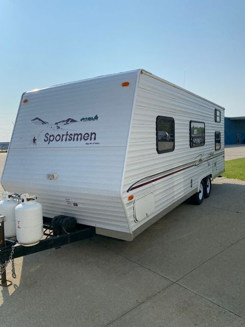 2004 Kz Sportsmen 2404 in Mandan, North Dakota 58554