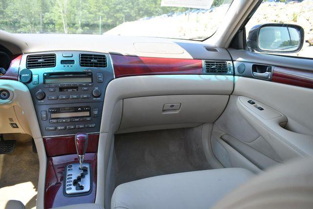 2004 Lexus ES 330 Naugatuck, Connecticut 17