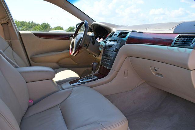 2004 Lexus ES 330 Naugatuck, Connecticut 8