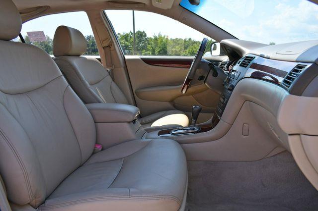 2004 Lexus ES 330 Naugatuck, Connecticut 9