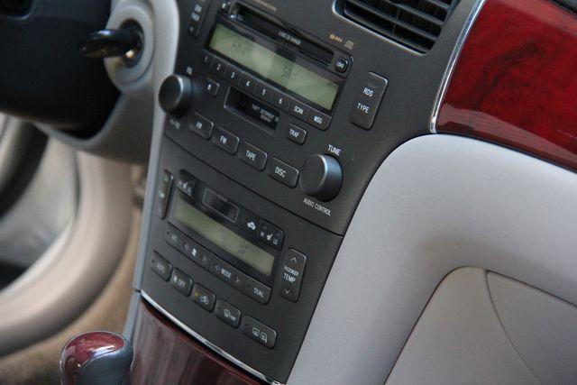 2004 Lexus ES 330 in Reseda, CA, CA 91335