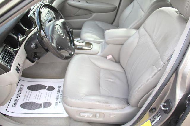2004 Lexus ES 330 Santa Clarita, CA 14