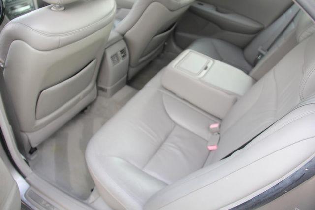 2004 Lexus ES 330 Santa Clarita, CA 16