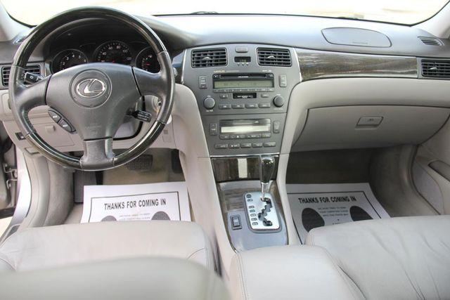 2004 Lexus ES 330 Santa Clarita, CA 8