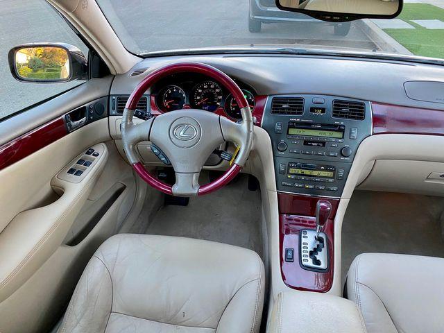 2004 Lexus ES 330 SEDAN AUTOMATIC SERVICE RECORDS SUNROOF LEATHER in Van Nuys, CA 91406