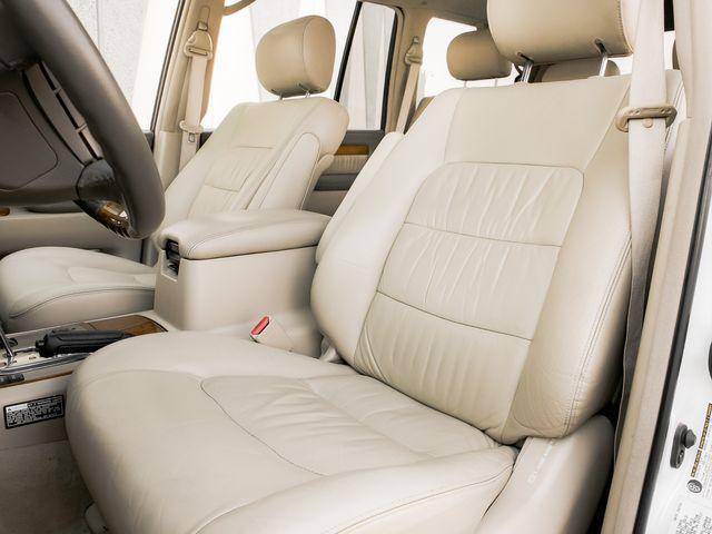 2004 Lexus LX 470 Burbank, CA 10