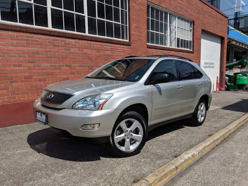 2004 Lexus RX 330 All Wheel Drive Local 2 Owner History Premium Plus Package Heated Seats Xenons 18 NICE  city Washington  Complete Automotive  in Seattle, Washington
