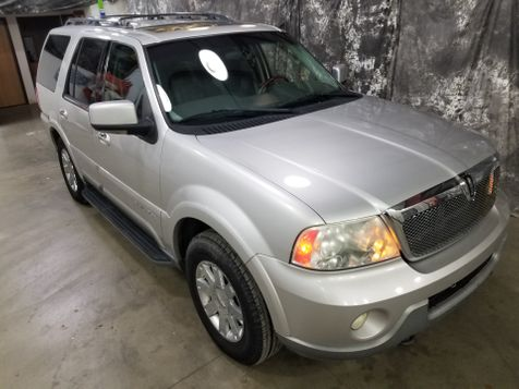 2004 Lincoln Navigator Luxury in Dickinson, ND