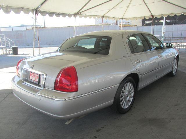 2004 Lincoln Town Car Signature Gardena, California 2