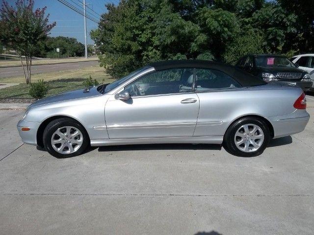 2004 Mercedes-Benz CLK320 Cabriolet 3.2L in Carrollton, TX 75006