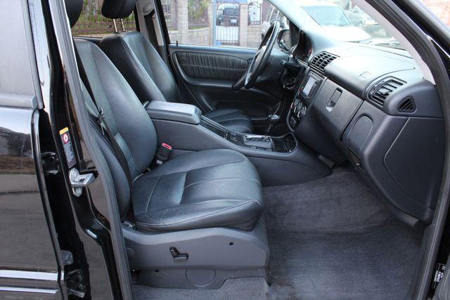 2004 Mercedes-Benz ML350 INSPIRATION PKG NAVIGATION 3.5L in Woodland Hills CA, 91367