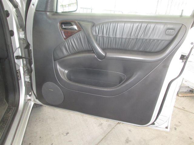 2004 Mercedes-Benz ML500 5.0L Gardena, California 13