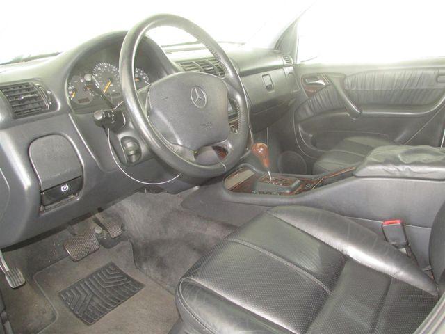 2004 Mercedes-Benz ML500 5.0L Gardena, California 4