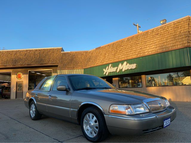 2004 Mercury Grand Marquis LS Ultimate in Dickinson, ND 58601