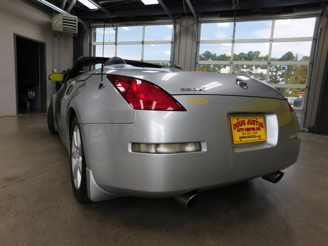 2004 Nissan 350Z Touring in Airport Motor Mile ( Metro Knoxville ), TN 37777