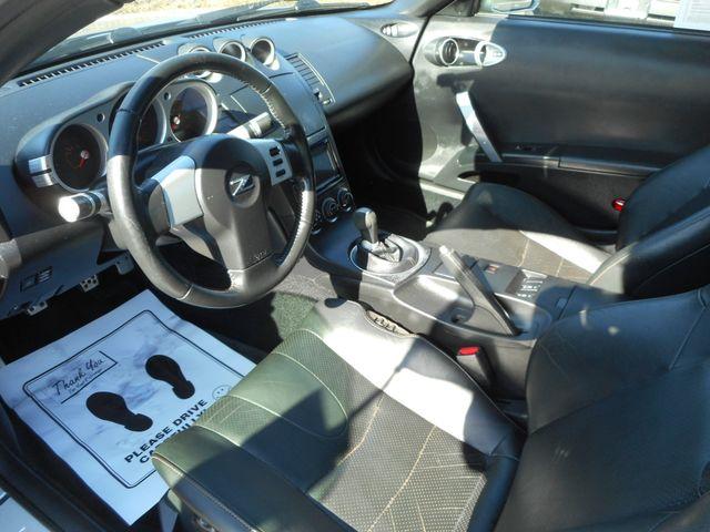 2004 Nissan 350Z Touring New Windsor, New York 11