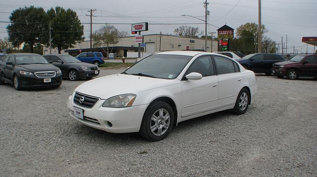 2004 Nissan Altima S in Coal Valley, IL 61240