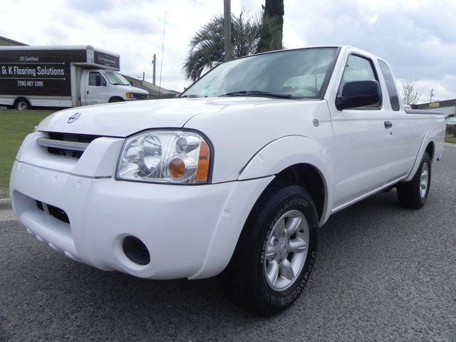 2004 Nissan Frontier XE 5-Speed