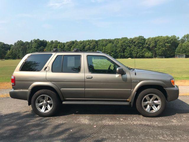 2004 Nissan Pathfinder LE Platinum Ravenna, Ohio 4