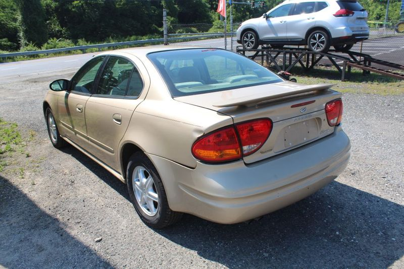 2004 Oldsmobile Alero GL1  city MD  South County Public Auto Auction  in Harwood, MD