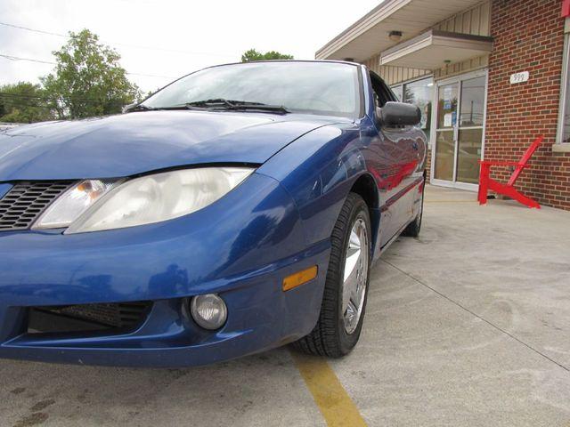 2004 Pontiac Sunfire in Medina OHIO, 44256