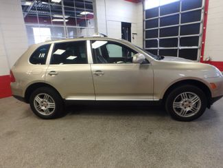 2004 Porsche Cayenne S AWD, LOADED AND  VERY LOW MILES. Saint Louis Park, MN 1