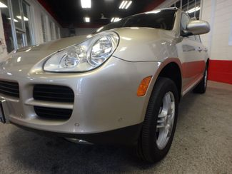 2004 Porsche Cayenne S AWD, LOADED AND  VERY LOW MILES. Saint Louis Park, MN 20