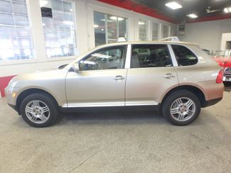 2004 Porsche Cayenne S AWD, LOADED AND  VERY LOW MILES. Saint Louis Park, MN 8
