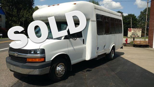 2004 Supreme Startrans 12 Passenger Bus Wheelchair Accessible Alliance, Ohio