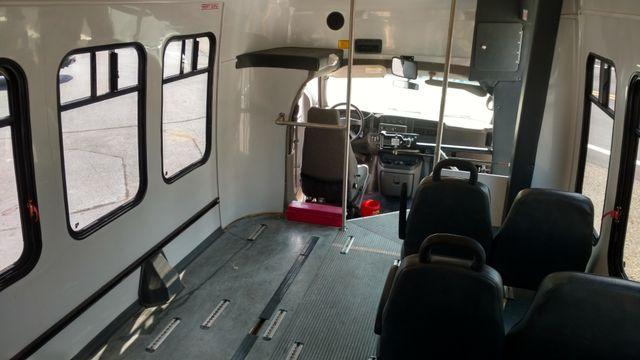 2004 Supreme Startrans 12 Passenger Bus Wheelchair Accessible Alliance, Ohio 5