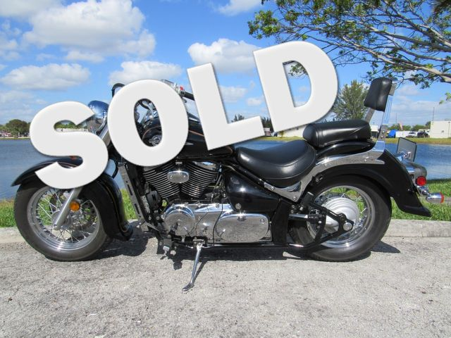 2004 Suzuki Intruder® Volusia™