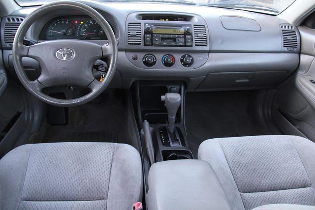 2004 Toyota Camry LE Santa Clarita, CA 6