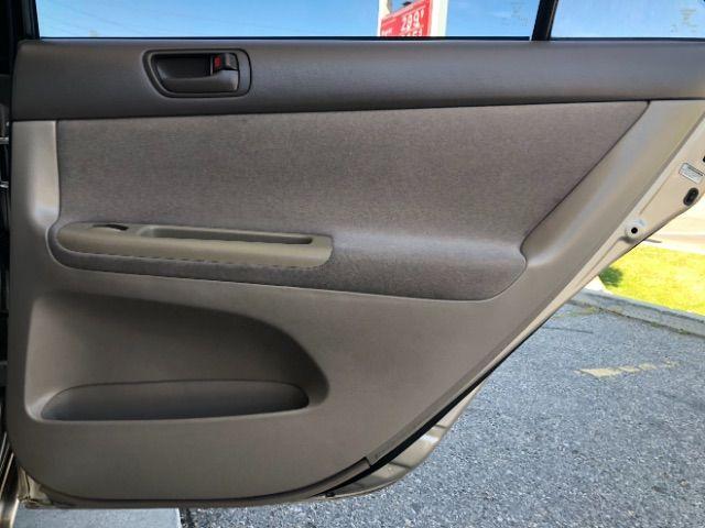 2004 Toyota CAMRY V6 XLE V6 LINDON, UT 21