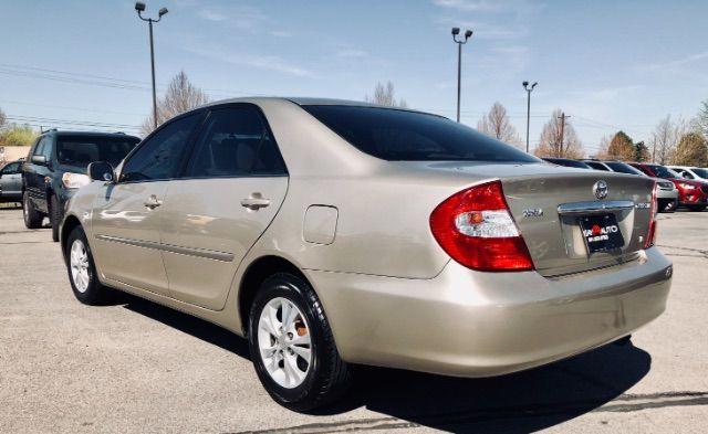 2004 Toyota CAMRY V6 XLE V6 LINDON, UT 4