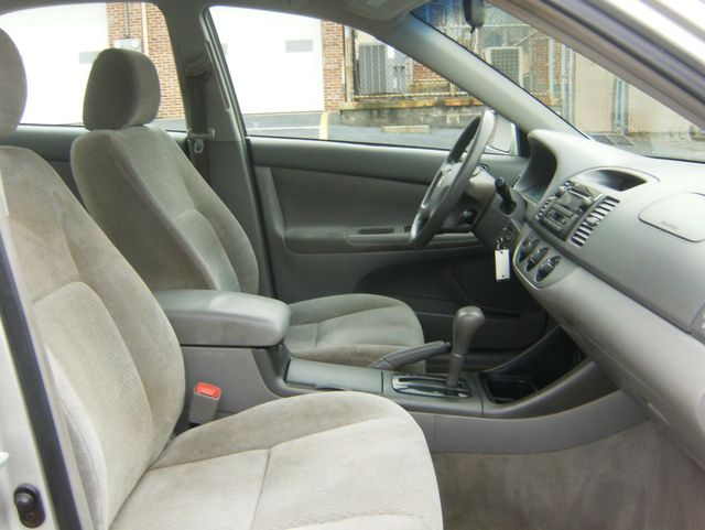 2004 Toyota Camry LE West Chester, PA 8