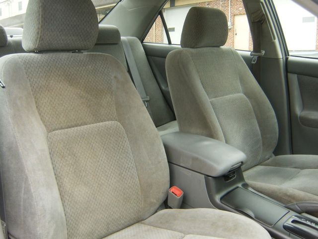 2004 Toyota Camry LE West Chester, PA 9