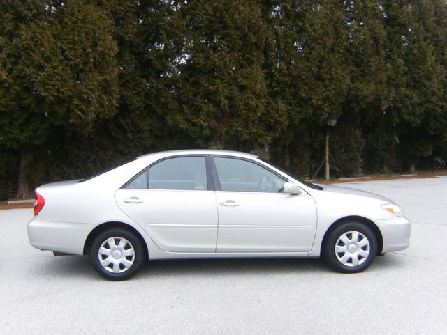 2004 Toyota Camry LE in West Chester, PA 19382