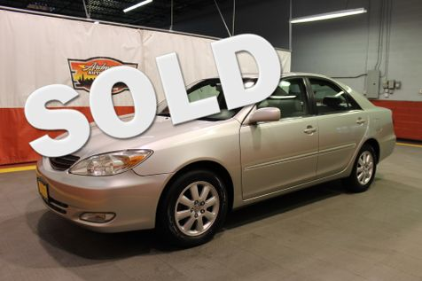 2004 Toyota Camry XLE in West Chicago, Illinois