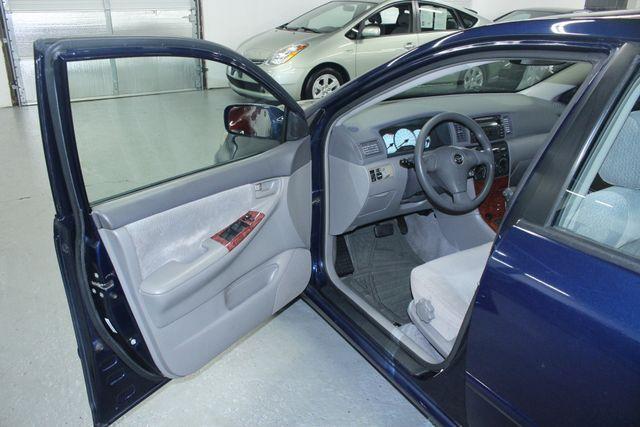 2004 Toyota Corolla LE Kensington, Maryland 13