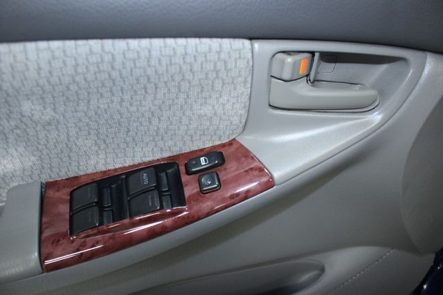 2004 Toyota Corolla LE Kensington, Maryland 15