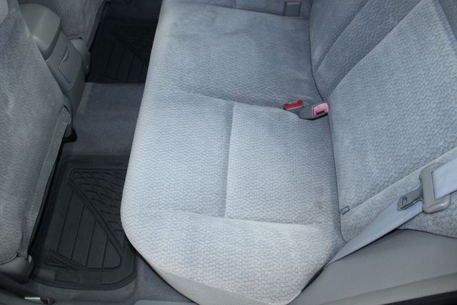 2004 Toyota Corolla LE Kensington, Maryland 29